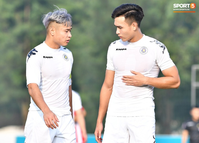 Tân binh của ĐTQG nhạt nhòa trong ngày HLV Park Hang-seo dự khán giải U21 Quốc gia - Ảnh 6.