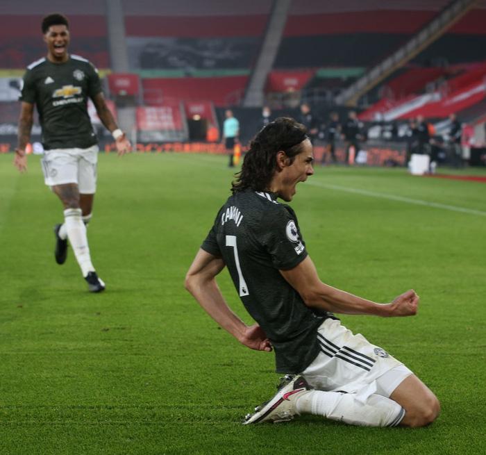 Bị dẫn 2 bàn, Man Utd vẫn thắng ngược kịch tính nhờ cú đúp giàu cảm xúc của Cavani - ảnh 11