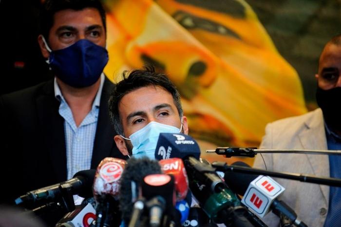 """Bác sĩ riêng phản pháo cáo buộc chịu trách nhiệm cái chết của Maradona: """"Diego đơn giản đã đầu hàng bệnh tật"""" - Ảnh 1."""
