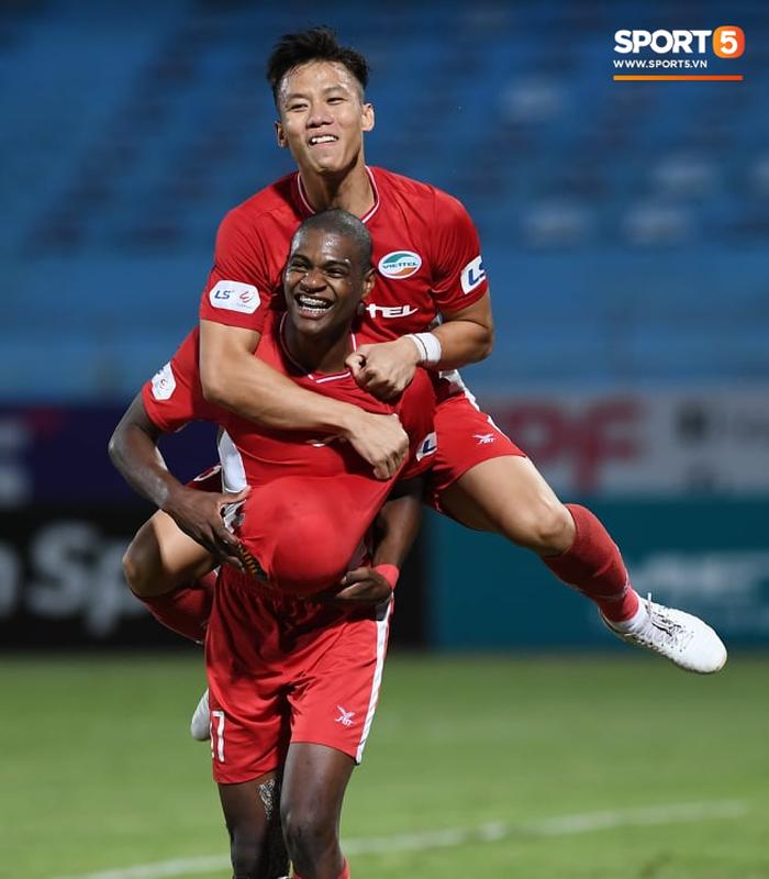 Chuyển nhượng mới nhất V.League: Hà Nội FC chờ đón tiền đạo chất lượng từ Viettel FC  - Ảnh 3.