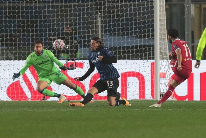Đồng đội của Ronaldo lập hat-trick, Liverpool hủy diệt Atalanta 5-0 - Ảnh 6.