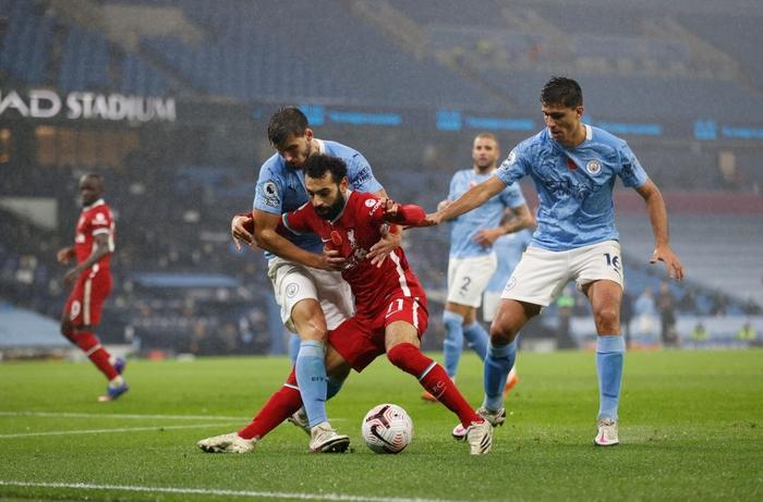 Ngôi sao đáng tin nhất sút hỏng phạt đền, Man City bị Liverpool cầm hòa trên sân nhà - Ảnh 10.