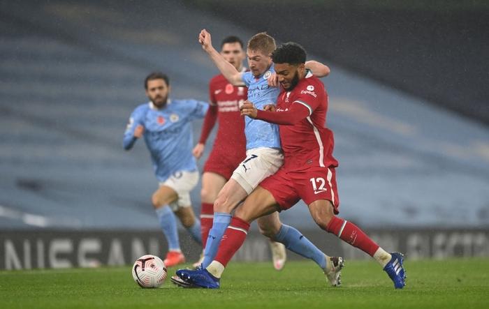 Ngôi sao đáng tin nhất sút hỏng phạt đền, Man City bị Liverpool cầm hòa trên sân nhà - Ảnh 4.
