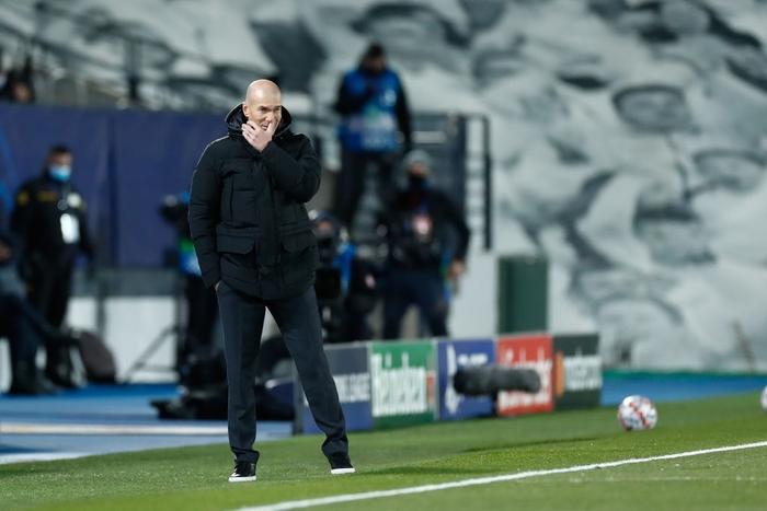 Từ chối nối gót MU, Real Madrid vào vòng 1/8 Champions League - Ảnh 1.
