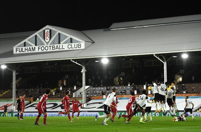 Liverpool mất điểm trước CLB lo trụ hạng, lỡ cơ hội vươn lên ngôi đầu Ngoại hạng Anh - Ảnh 10.