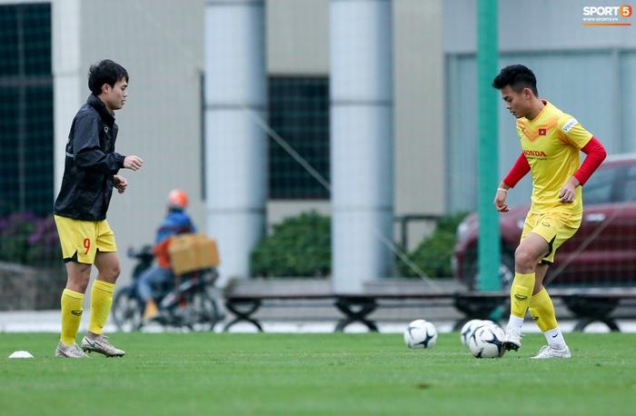 Tại sao HLV thủ môn Hàn Quốc chưa làm việc ở tuyển Việt Nam? - Ảnh 6.