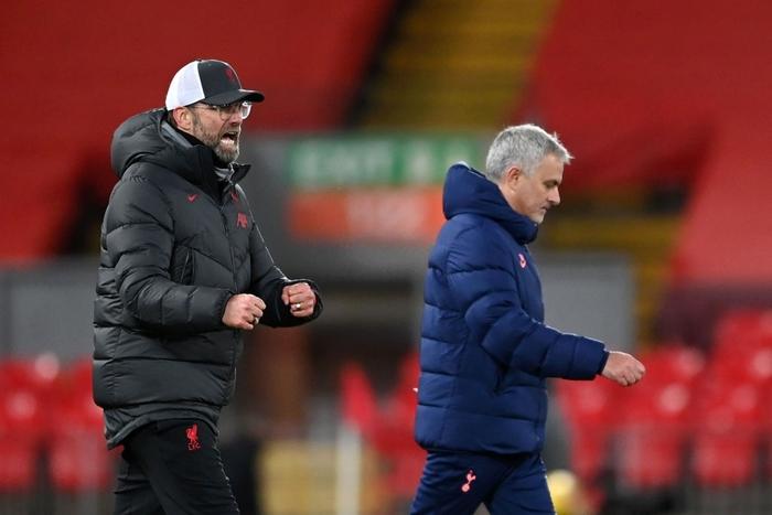 Bàn thắng phút cuối giúp Liverpool hạ gục Tottenham, độc chiếm ngôi đầu Ngoại hạng Anh - Ảnh 1.