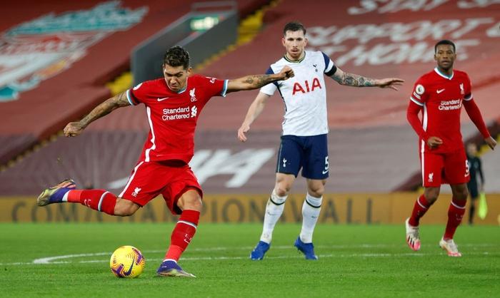 Bàn thắng phút cuối giúp Liverpool hạ gục Tottenham, độc chiếm ngôi đầu Ngoại hạng Anh - Ảnh 2.