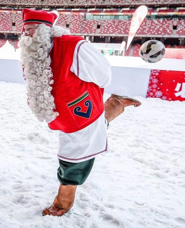 FC Santa Claus và những điều chưa biết về đội bóng của ông già Noel - Ảnh 1.