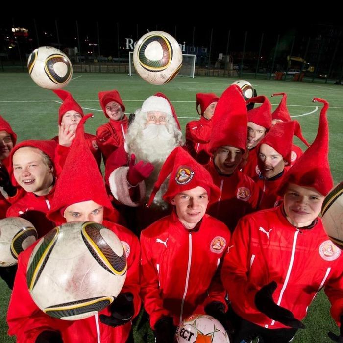 FC Santa Claus và những điều chưa biết về đội bóng của ông già Noel - Ảnh 2.