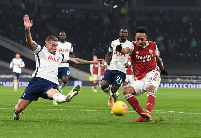 Son Heung-min vẽ siêu phẩm, Tottenham hạ gục Arsenal để bay cao trên đỉnh bảng Ngoại hạng Anh - Ảnh 7.
