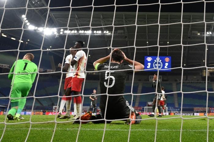 Man Utd bị loại khỏi Champions League - Ảnh 9.