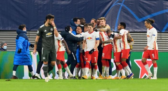Man Utd bị loại khỏi Champions League - Ảnh 10.