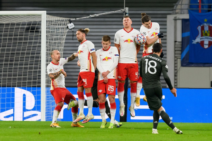 Man Utd bị loại khỏi Champions League - Ảnh 5.