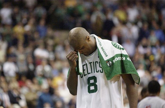 Nhà vô địch NBA và hành trình làm lại cuộc đời sau khi vung tay đốt sạch 2.500 tỷ đồng rồi trở thành kẻ tay trắng với khoản nợ khổng lồ - Ảnh 4.
