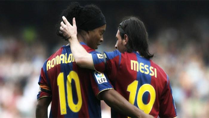 Tiết lộ lý do thực sự khiến Ronaldinho bị tống khỏi Barca, nguyên nhân chính liên quan tới Messi - Ảnh 2.