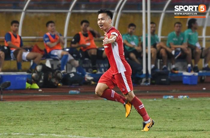 Tiền vệ được HLV Park Hang-seo để mắt nhận mưa lời khen sau khi ghi bàn ở 2 trận liên tiếp - Ảnh 1.