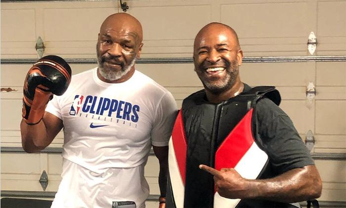 Võ sĩ MMA số 1 thế giới gửi lời thách đấu tới Mike Tyson: Tôi hứa sẽ không bẻ gãy cái xương nào của ông đâu - Ảnh 2.