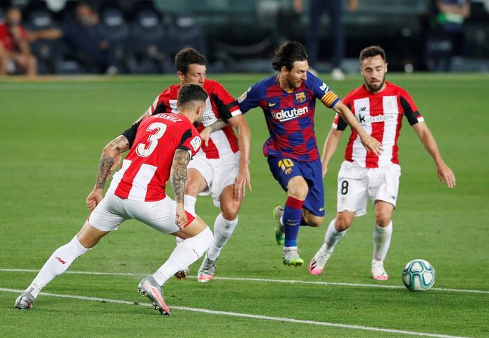 Bước sang tuổi 33, Messi vẫn là Messi mà tất cả say mê - Ảnh 1.