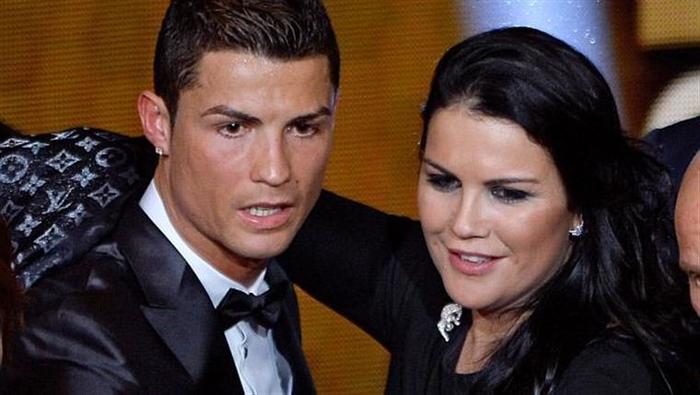 Chị gái Ronaldo chia sẻ hình ảnh hiếm về căn hộ tồi tàn thời thơ ấu, thừa nhận nhan sắc suýt bị hủy hoại vì chuột cắn - Ảnh 2.