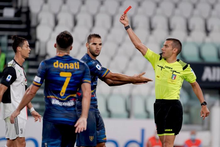 Ronaldo lại tỏa sáng rực rỡ, in dấu giày trong 3 bàn thắng giúp Juventus tiến gần hơn tới ngôi vô địch Serie A - Ảnh 5.