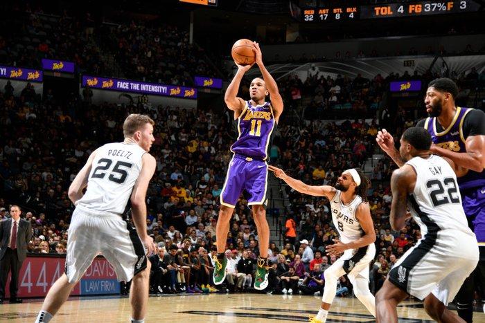"""""""Thánh ngáo"""" JR Smith sẽ tái ngộ với LeBron James tại Los Angeles Lakers cho phần còn lại của mùa giải - Ảnh 2."""