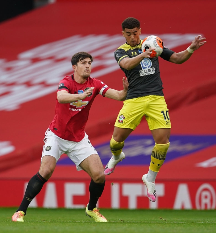 Thủng lưới phút 90+6, Manchester United đánh mất cơ hội vào top 3 sau trận hoà tiếc nuối trước Southampton - Ảnh 2.