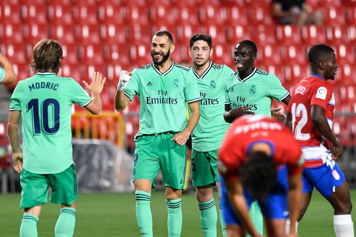 Chỉ cần đúng 1 trận thắng nữa, Real Madrid sẽ hạ bệ ngôi vương La Liga của Barcelona - Ảnh 3.