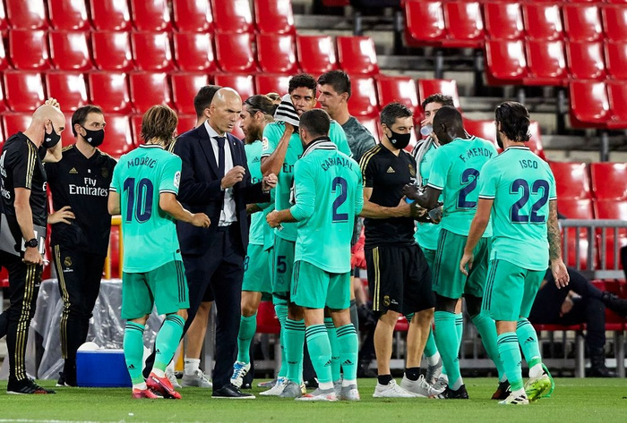 Chỉ cần đúng 1 trận thắng nữa, Real Madrid sẽ hạ bệ ngôi vương La Liga của Barcelona - Ảnh 7.