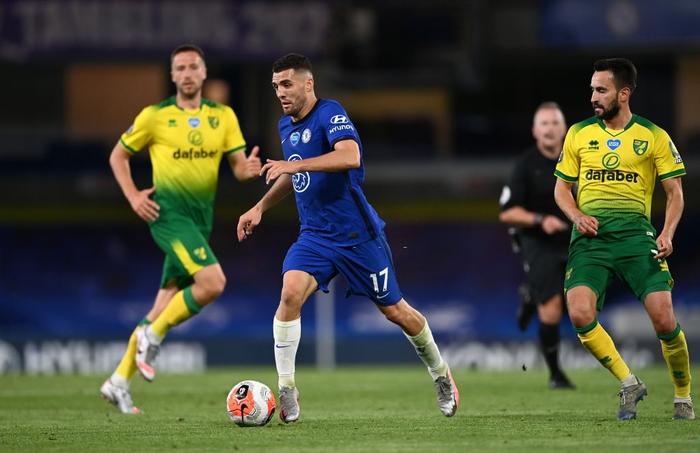 Chelsea bỏ cách MU 4 điểm sau chiến thắng nhẹ nhàng trước đội bóng đã xuống hạng - Ảnh 1.