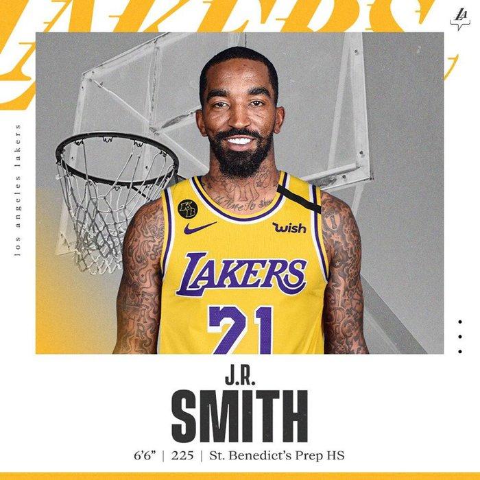 LeBron James lên tiếng về bản hợp đồng giữa Lakers cùng JR Smith - Ảnh 1.