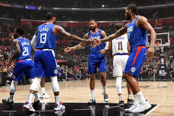 NBA phát hiện thêm 9 ca nhiễm Covid-19, Los Angeles Clippers bất ngờ đóng cửa phòng tập luyện - Ảnh 2.