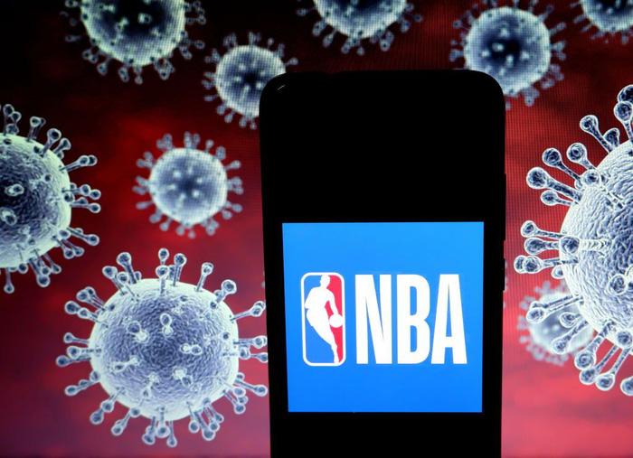 NBA phát hiện thêm 9 ca nhiễm Covid-19, Los Angeles Clippers bất ngờ đóng cửa phòng tập luyện - Ảnh 3.