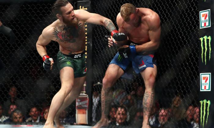 Giải nghệ chưa lâu, McGregor bất ngờ tuyên bố thách đấu với... ông chủ của WWE - Ảnh 2.