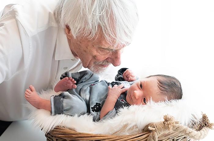 Vừa đón quý tử nối dõi ở tuổi 89, ông trùm F1 tiếp tục muốn có thêm con: Không cần đến thần dược Viagra, chỉ bổ sung 1 loại vitamin cực thông dụng - ảnh 1