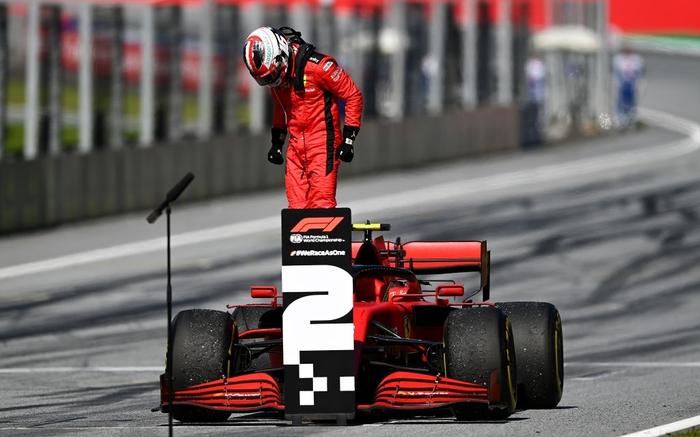 """ĐKVĐ Hamilton gặp ác mộng """"penalty"""" trong chặng F1 mở màn mùa giải mới - Ảnh 9."""