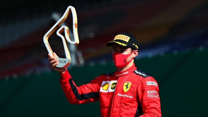 """ĐKVĐ Hamilton gặp ác mộng """"penalty"""" trong chặng F1 mở màn mùa giải mới - Ảnh 10."""