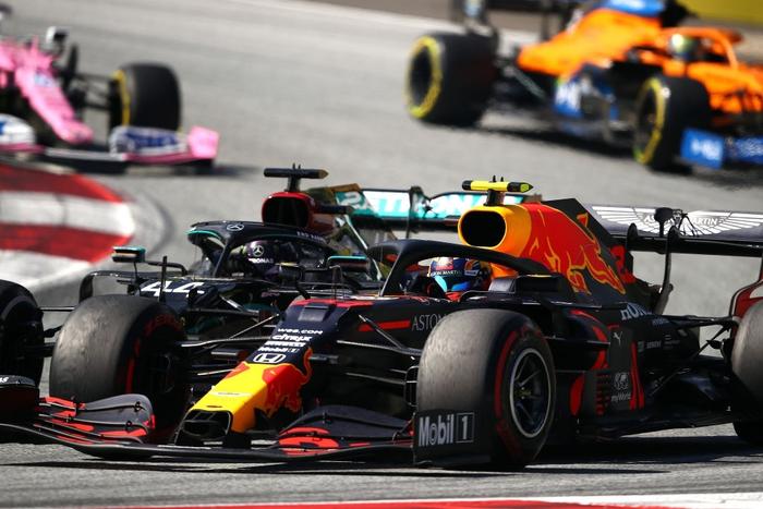 """ĐKVĐ Hamilton gặp ác mộng """"penalty"""" trong chặng F1 mở màn mùa giải mới - Ảnh 5."""
