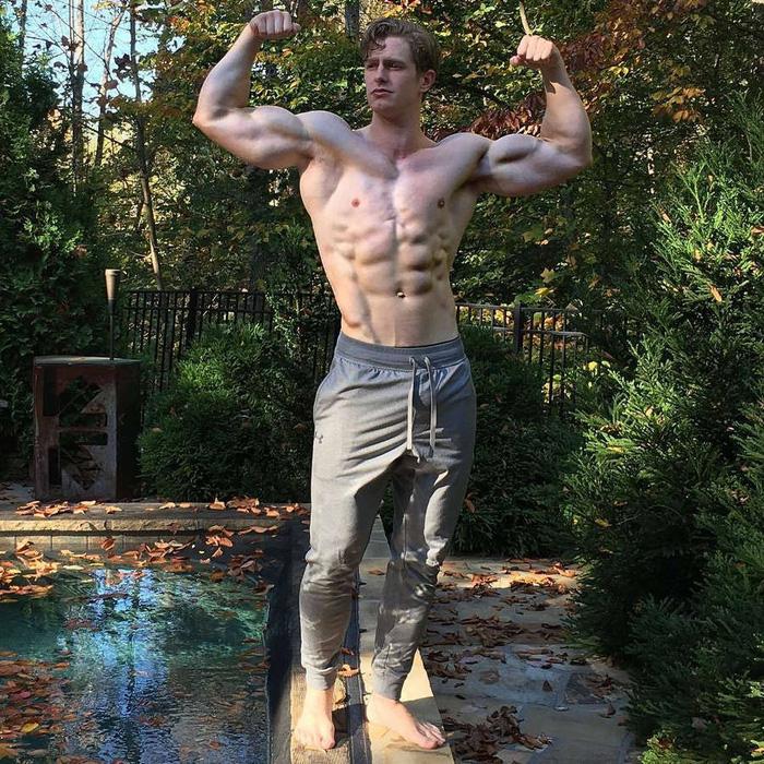 Anh chàng lực sĩ sở hữu body cực đặc biệt gây sốt: Cơ bụng, bắp tay đều cực khủng nhưng lại thiếu mất một bên ngực - ảnh 3