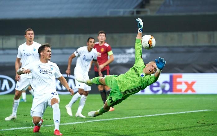 Bruno Fernandes ghi bàn ở hiệp phụ đưa MU vào bán kết cúp châu Âu - Ảnh 5.