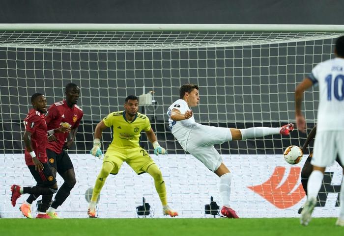 Bruno Fernandes ghi bàn ở hiệp phụ đưa MU vào bán kết cúp châu Âu - Ảnh 2.
