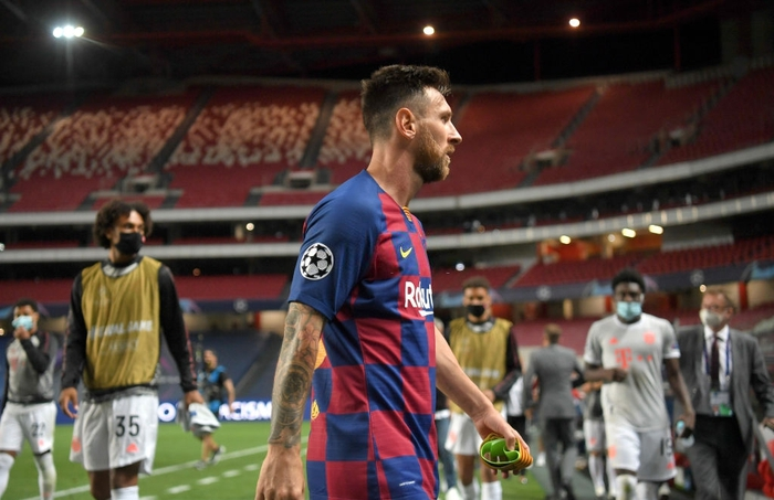 Messi ôm đầu buồn bã, thất thần chứng kiến thất bại 2-8 không thể tin nổi của Barca - Ảnh 7.