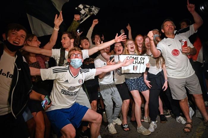 Xác định xong đội bóng cuối cùng dự Ngoại hạng Anh mùa tới sau trận cầu đắt giá nhất hành tinh - Ảnh 10.