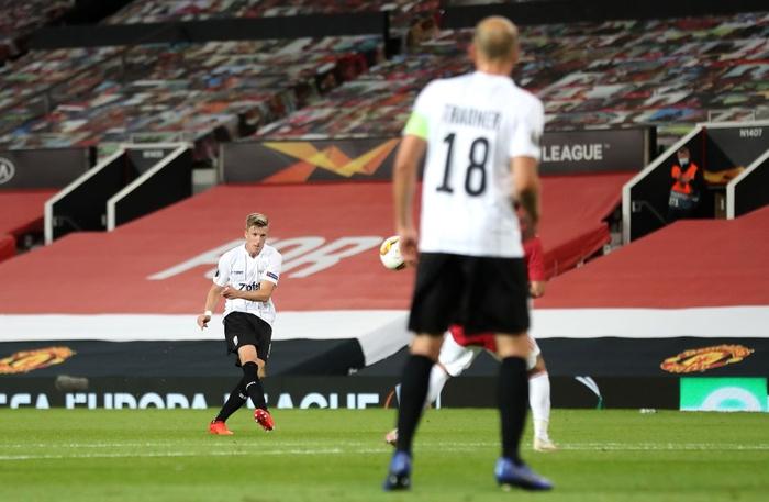 Người ngoài hành lang Lingardinho lại tỏa sáng, MU vào tứ kết cúp châu Âu với chiến thắng 7-1 - ảnh 4