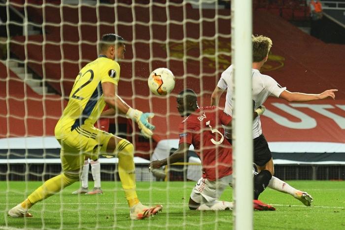 Người ngoài hành lang Lingardinho lại tỏa sáng, MU vào tứ kết cúp châu Âu với chiến thắng 7-1 - ảnh 3