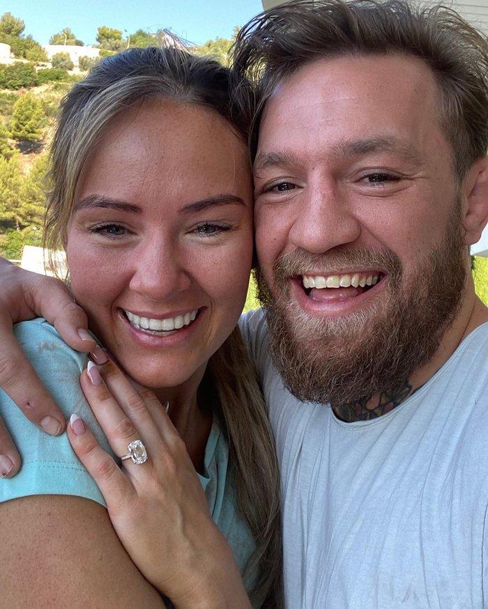 McGregor đính hôn với bạn gái Dee Devlin sau thời gian dài hẹn hò - Ảnh 1.