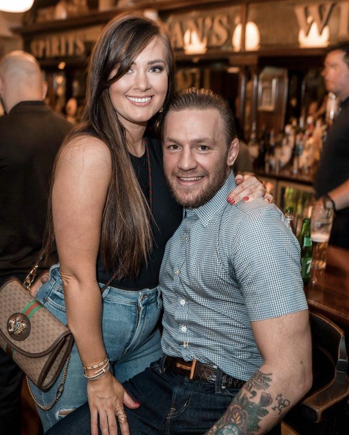 McGregor đính hôn với bạn gái Dee Devlin sau thời gian dài hẹn hò - Ảnh 2.