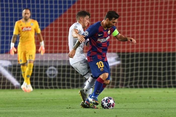 Messi tỏa sáng với khoảnh khắc thiên tài, giúp Barca tiến bước vào vòng tứ kết Champions League - ảnh 1