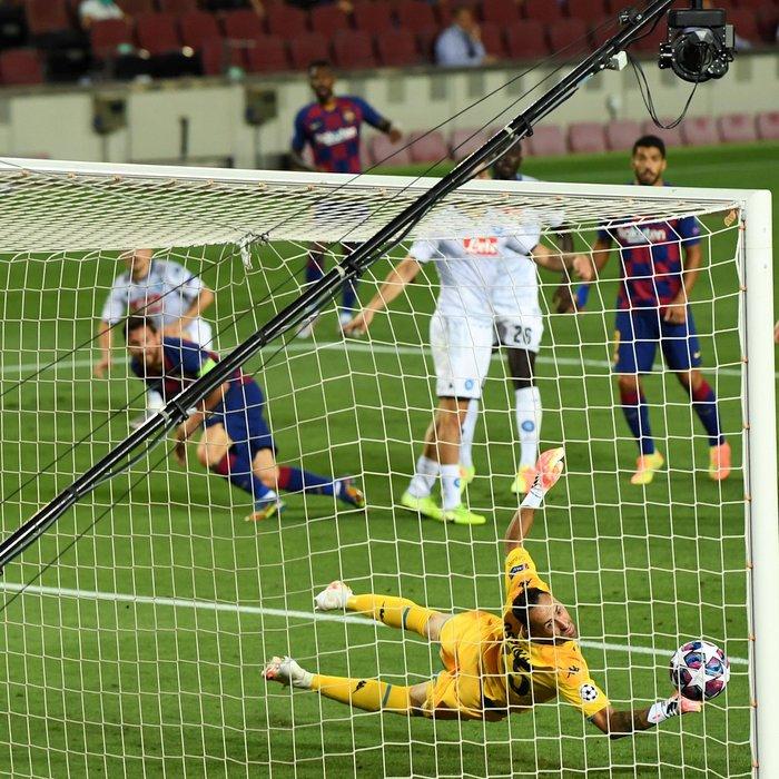 Messi tỏa sáng với khoảnh khắc thiên tài, giúp Barca tiến bước vào vòng tứ kết Champions League - ảnh 4