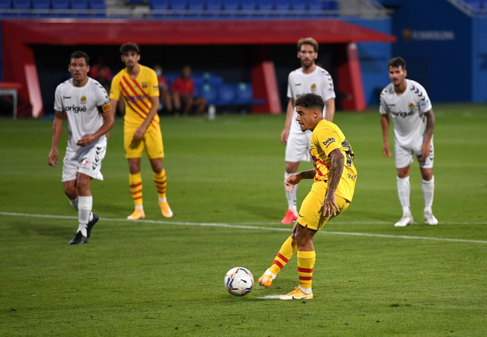 Messi mờ nhạt ở trận đầu tiên dưới thời tân HLV Koeman, nhưng 3 bom xịt của Barca đều lập công - ảnh 8